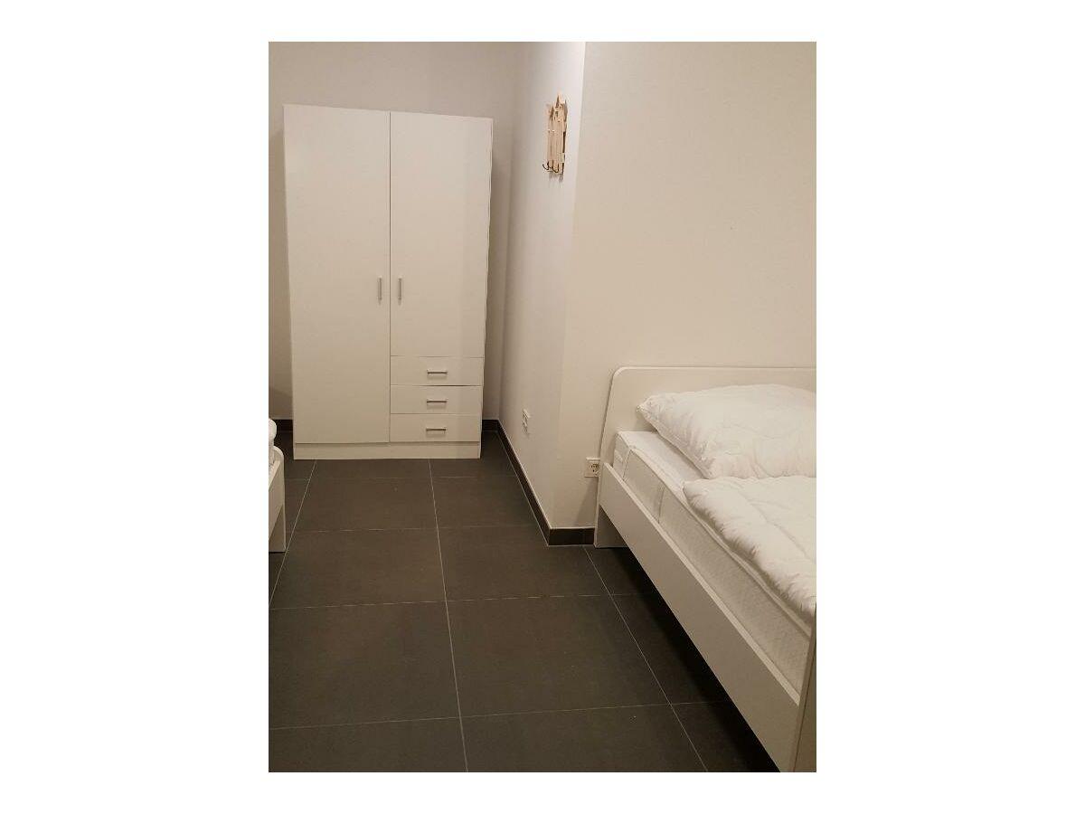 schlafzimmer-3-unten